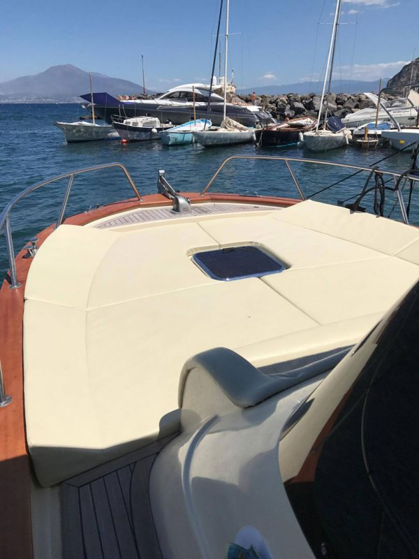boat tour rental Capri Sorrento Zetamare 850 2