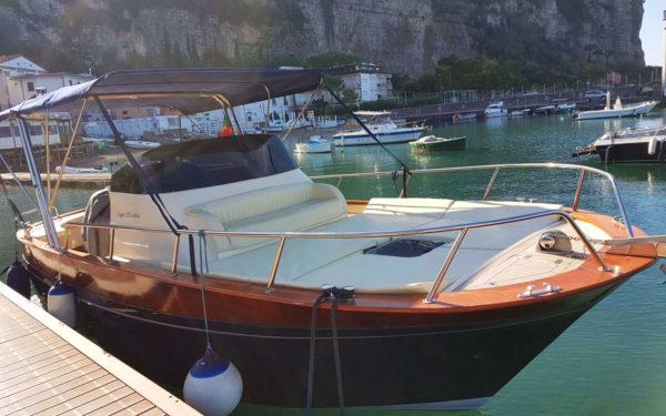 Noleggio barche Sorrento | Tour barca Amalfi | Capri Boat Tour | Positano